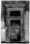 Чорна кам'яниця. Ринок, 4.<br />             Портал на другому поверсі.<br />             14.05.1999
